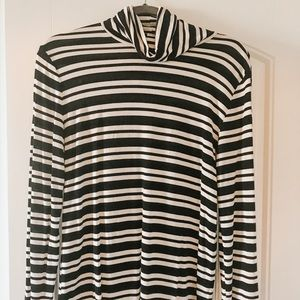 Luxe turtle neck shirt